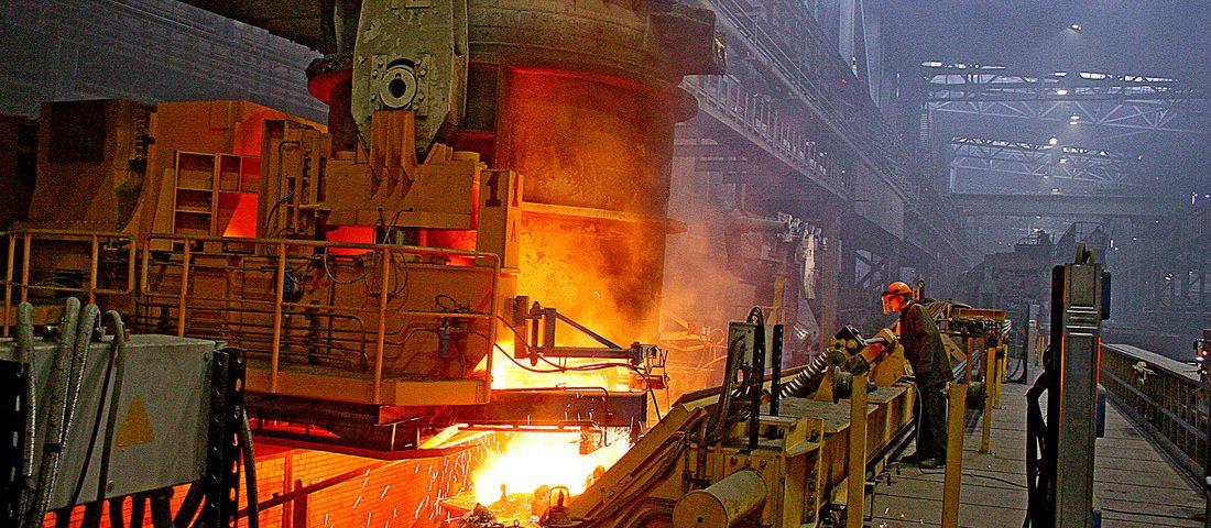 У 2015 році виплавка сталі в Україні скоротилася на 16%